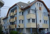 - 12 lakásos társasház, Szolnok, Tompa Mihály út 10. (2002)